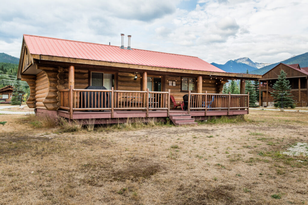 rental-cabin-in-bc-mountains